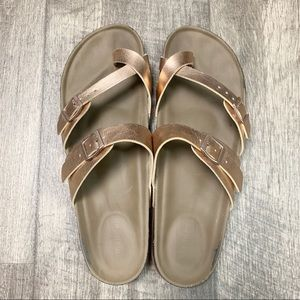 Madden Girl Bryceee Sandal in Rose Gold Size 11